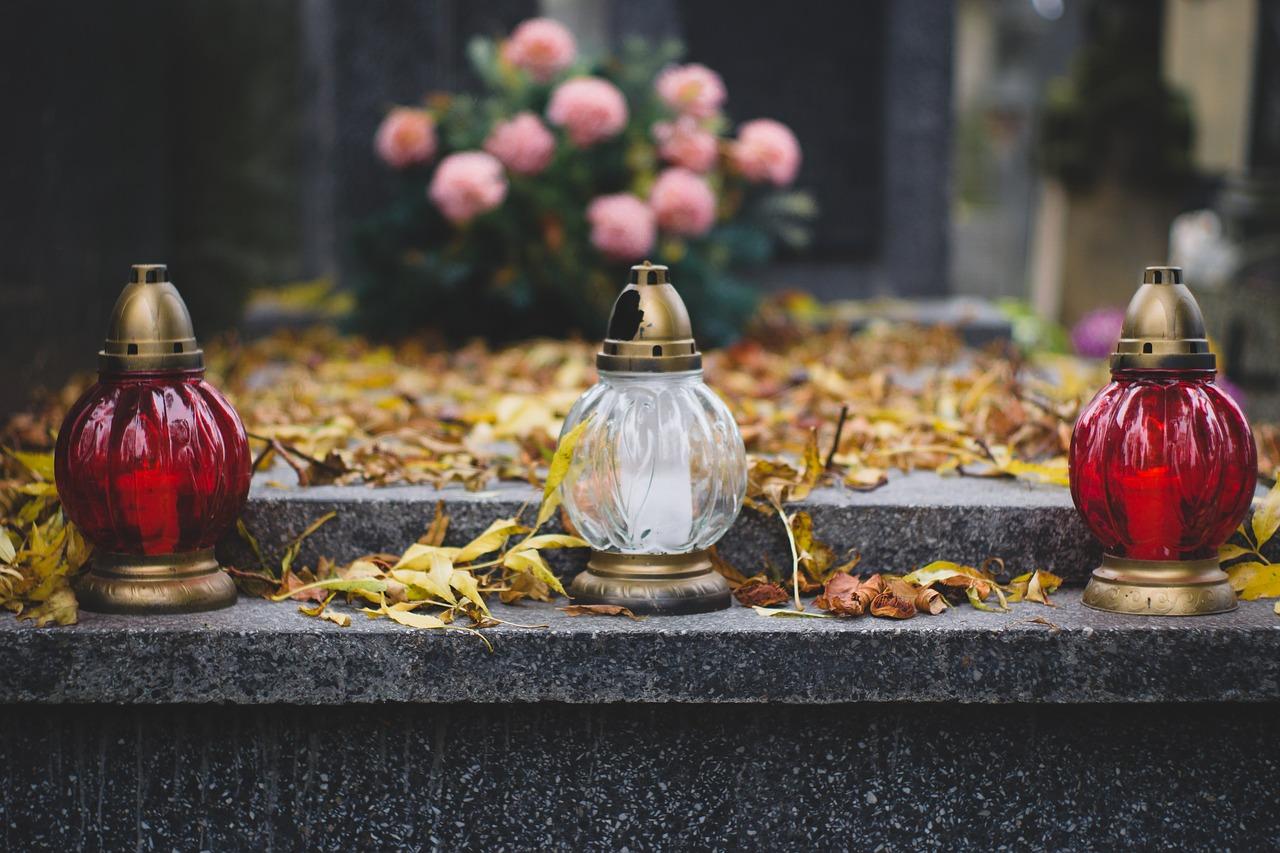 Święto Zmarłych w Warszawie