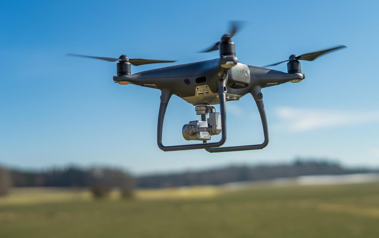 drony w warszawie