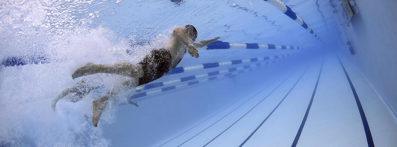 Otwarcie kolejnych basenów w Warszawie po koronawirusie