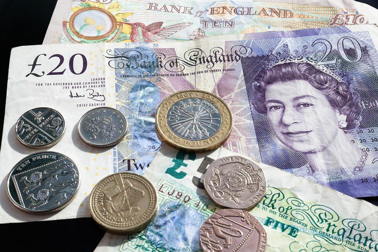 Kredyt refinansowy- czym jest i kto może z niego skorzystać?