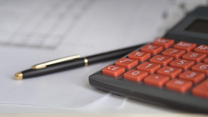 ROI – jak obliczyć zwrot z inwestycji?